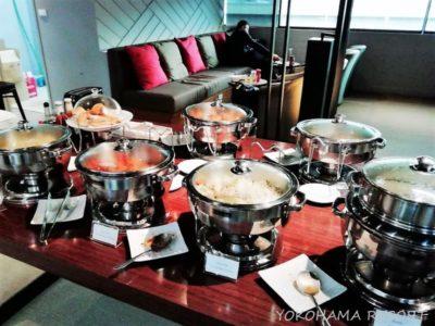 ドンムアン空港ミラクルコワーキングスペース食事